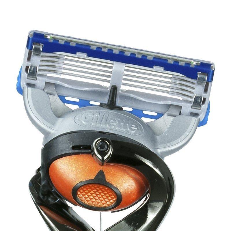 ヘッド部分に首振り機能が搭載されたT字カミソリ