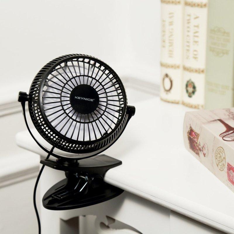 クリップ型の卓上扇風機