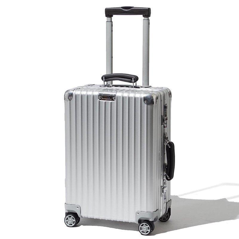 アルミ製スーツケースのデザインを説明する画像