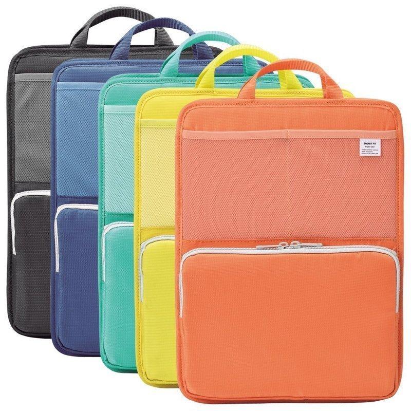 カラーバリエーションが豊富な縦型バッグインバッグ
