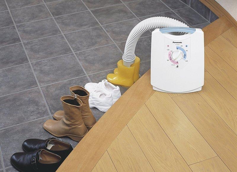 靴の乾燥にも対応した布団乾燥機