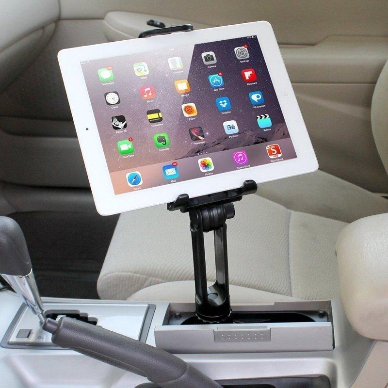 差し込み式のタブレット車載ホルダー