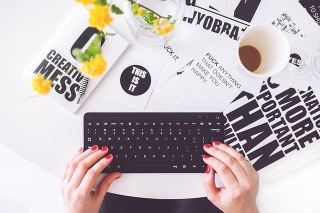 おしゃれでデザイン性の高いキーボード