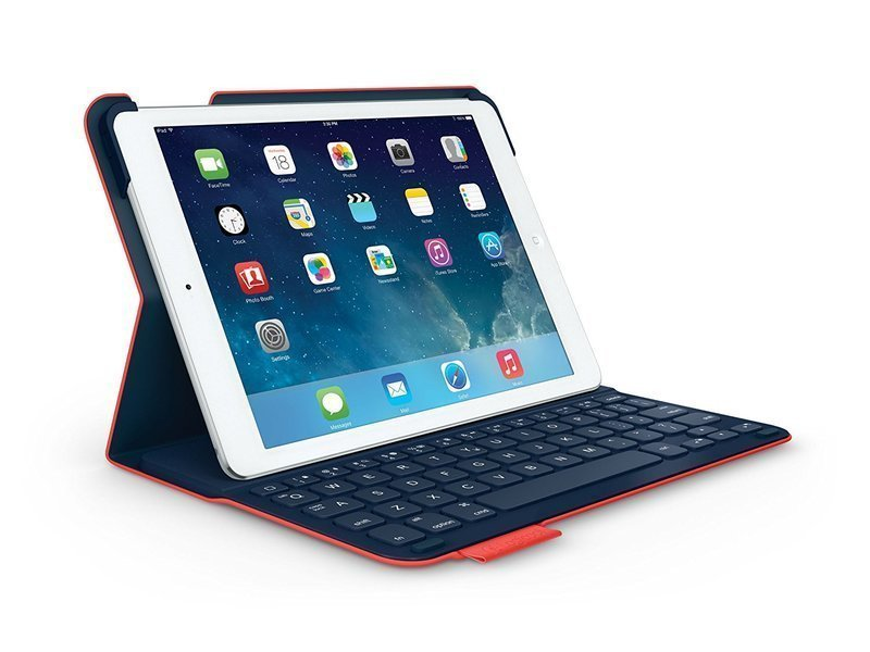 iPadをセットしたiPad用キーボード