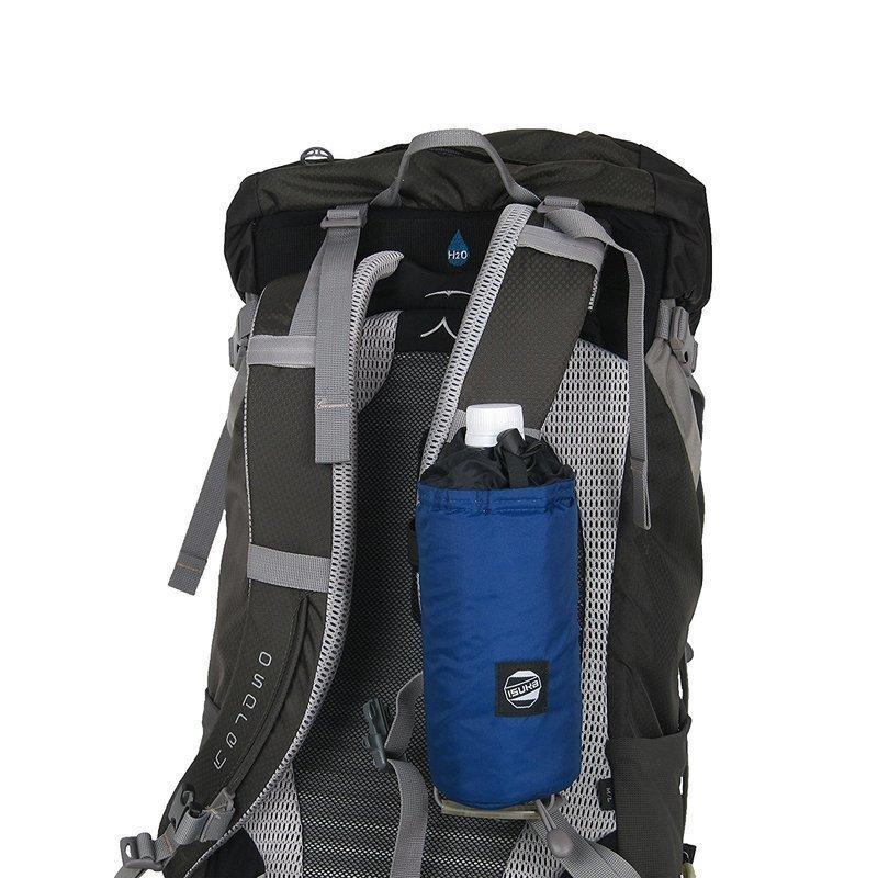 バッグのベルトに装着したペットボトルカバー