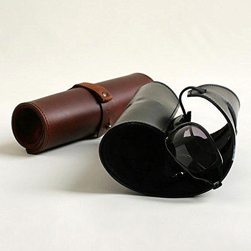 ロール式の革製メガネケース