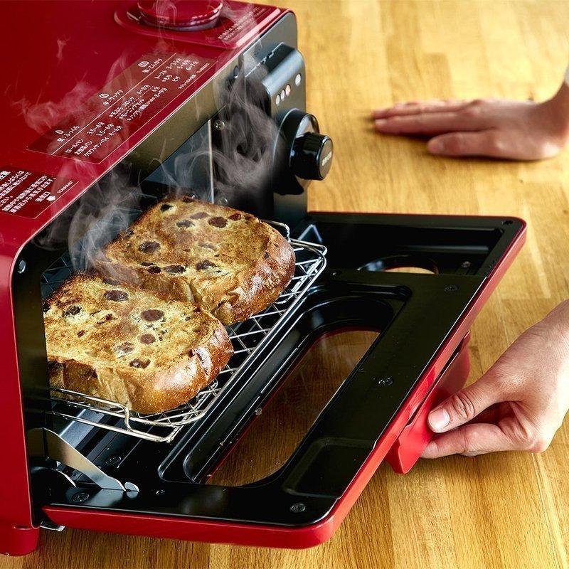 食パンを2枚同時焼き可能なスチームオーブントースター
